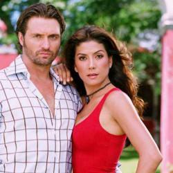Compra la Telenovela: Apuesta por un amor completo en DVD.