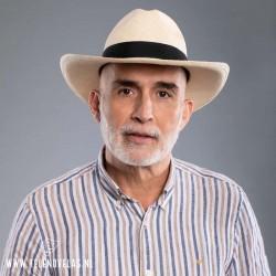 Luis Eduardo Motoa es Octavio Vallejo (Café con Aroma de Mujer)