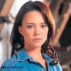 Sara Elizondo Interpretado Por Natasha Klauss en Pasión de gavilanes.