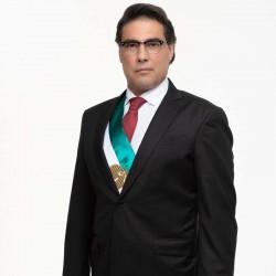 Eduardo Yáñez es Emiliano Lozada en Sin miedo a la verdad
